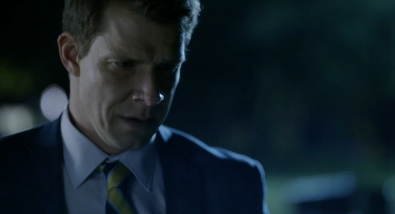 Eric Mabius as Oliver O'Toole in Signed, Sealed, Delivered: Truth Be Told