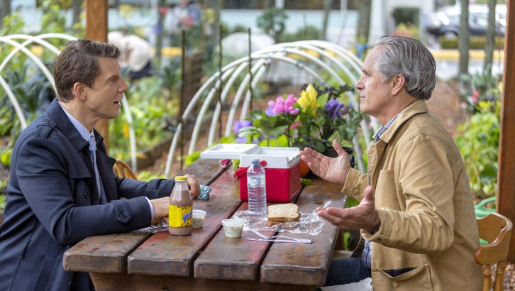 Eric Mabius as Oliver O'Toole and Gregory Harrison as Joe O'Toole in Signed, Sealed, Delivered: Higher Ground