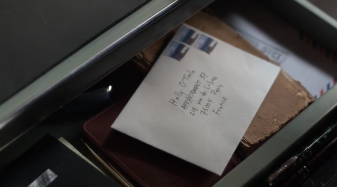 Holly's letter in Oliver's desk