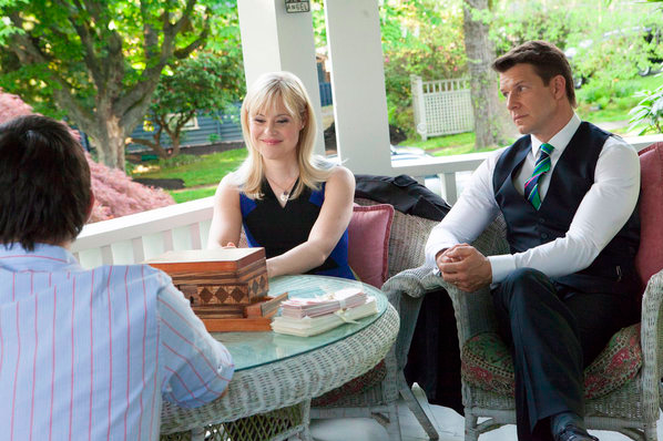 Kristin Booth as Shane McInerney and Eric Mabius as Oliver O'Toole in The Treasure Box